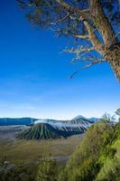 Vulcão Bromo ao amanhecer