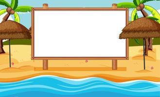 Marco de madera en blanco en una escena de playa