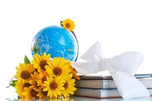 globo con libros y flores