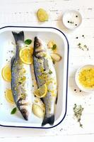 sea bass with lemon and thyme