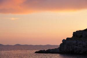 puesta de sol en el mar adriático