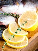 dorado con limón e higos