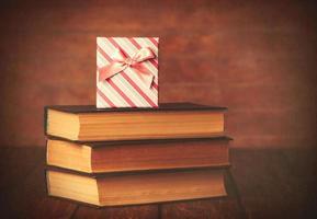 boeken met geschenkdoos