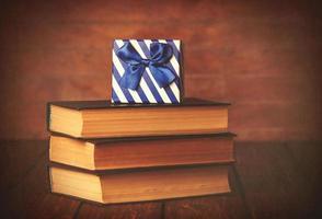 libros con caja de regalo foto