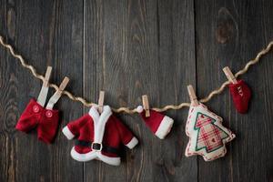 decoração de natal sobre fundo de madeira