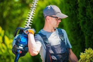 Garden Trimming Works photo