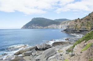 isla maria alto acantilado costa montaña tasmania