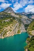 The canyon narrowed in the Upper Verdon photo