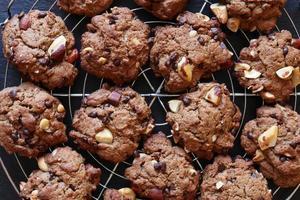 biscoitos de chocolate caseiros foto