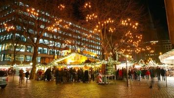 Marché de Noël du marché de Christkindles à Hambourg - time lapse shot