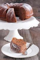 Chocolate and red wine ring cake