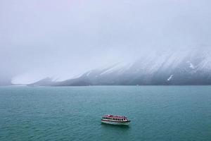 svalbard island photo