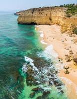 playa en portugal - praia do vale de centianes