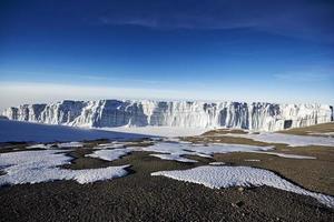 glaciar en el monte kilimanjaro