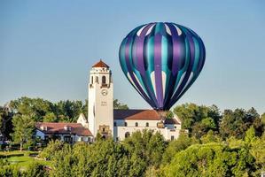 Close balloon at the Boise train depot