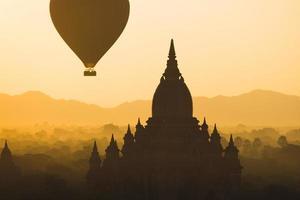 hot air balloon in Myanmar