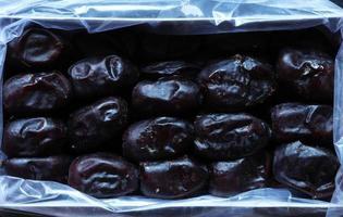 Fresh organic mazafati dates
