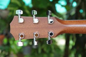 behind of guitar headstock
