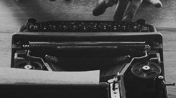 Ttyping on an old Typewriter