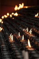 velas de oración de la iglesia