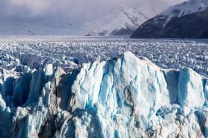 formação de gelo no parque nacional perito moreno, patagônia, argentina.
