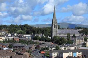 Die Kirchen von Derry in Nordirland