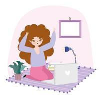 mujer joven, usar la computadora portátil, en el piso