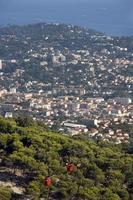 Town of Toulon and the cable Faro