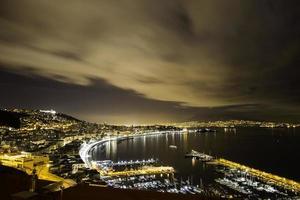 Nápoles de noche