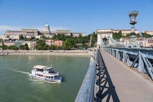 puente de las cadenas - szechenyi lanchid - budapest foto