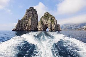 los farallones de la isla de Capri