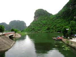 Unidentified tourists in Trang An