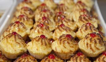 Cononut portuguese pastries