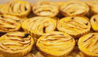 Apple portuguese pastries
