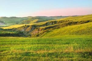 campo de la colina en toscana