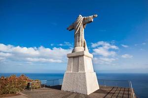 La estatua de Cristo Rey en la isla de Madeira, Portugal