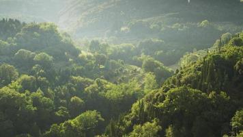 Exuberante y hermoso paisaje de la Toscana en Florencia, Italia.
