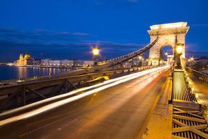 Puente de las cadenas en Budapest Hungría