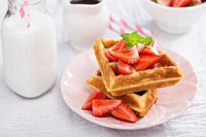 Ricotta waffles with strawberry