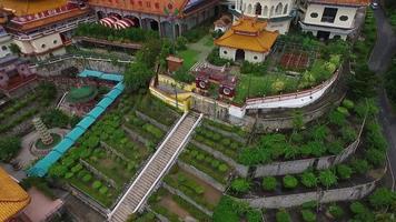 aérea: templo kek lok si na ilha de Penang.