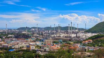 Lapso de tiempo de fábrica de refinería de petróleo (acercar) video