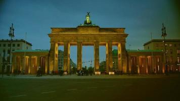 o portão de brandenburgo video