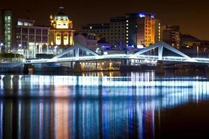 Glasgow Squiggly Bridge at night photo