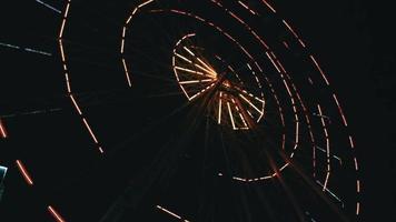 Riesenrad Lichter in der Nacht video