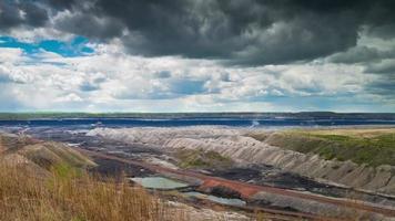mineração a céu aberto, lapso de tempo