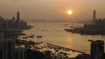 Hong Kong Victoria Hafen bei Sonnenuntergang