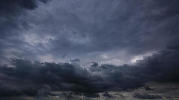 noche tormentosa hd 1080p - lapso de tiempo de 30 segundos