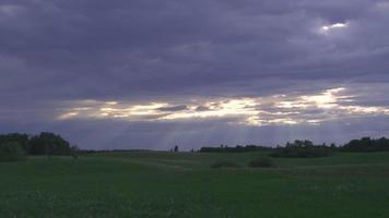 Pause im Sturm (Zeitraffer) hd1080p