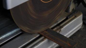 hd: amoladora de metal