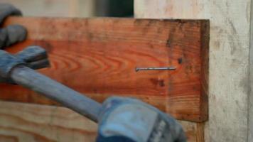 carpinteiro no trabalho video